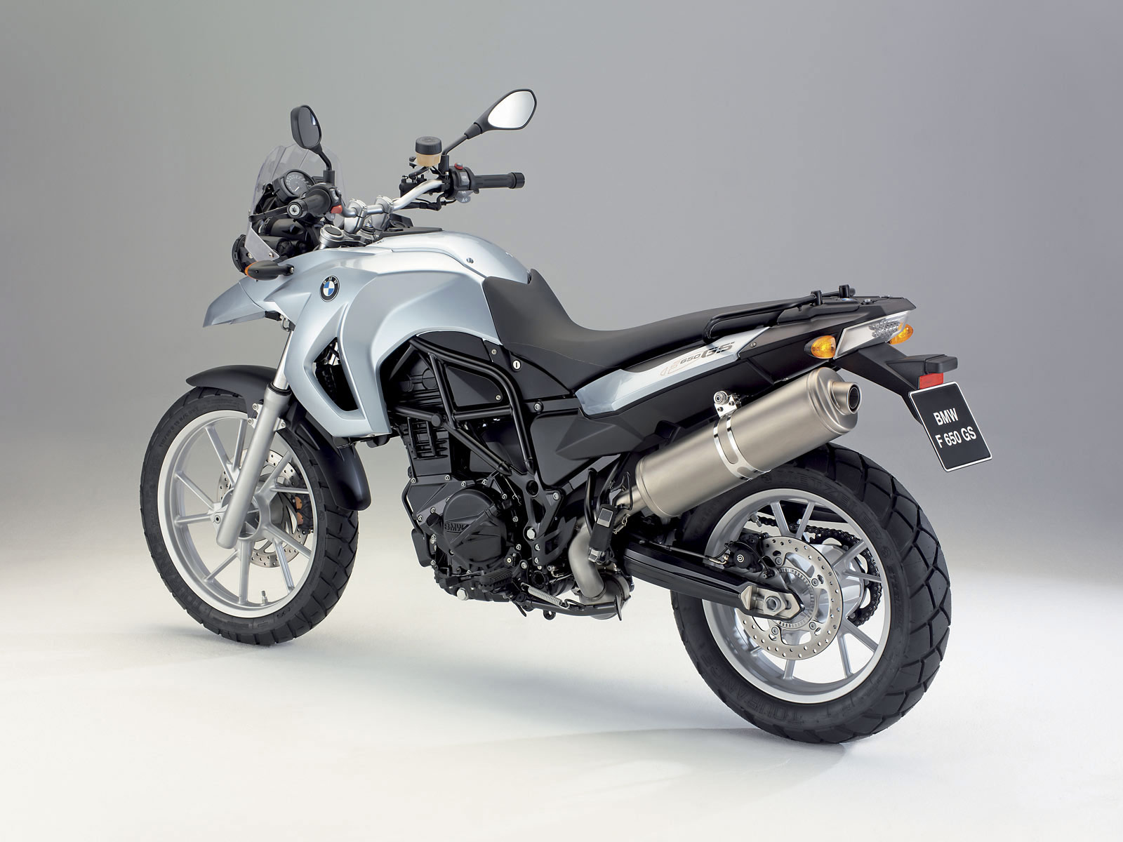 http://2.bp.blogspot.com/-YDumKbNJ_8g/TkdUvi1u1zI/AAAAAAAACTs/CdlIkgCpMK0/s1600/BMW-wallpapers_F650GS_2008_06.jpg