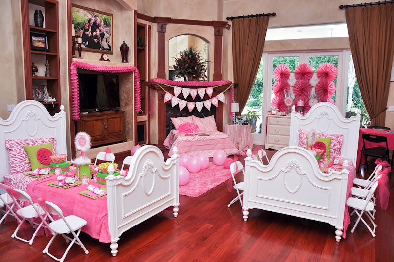 Kara's Party Ideas 'Almost Sleepover' Birthday Party ...