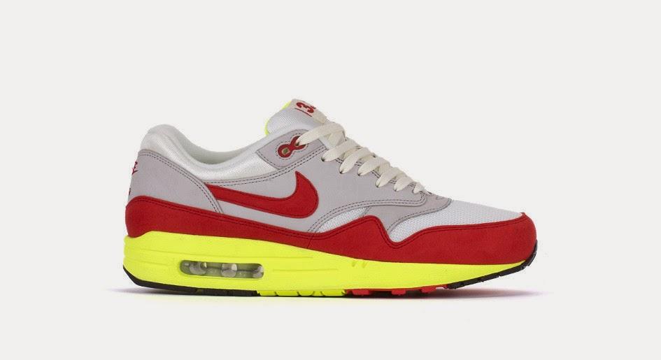 more photos 9e919 5a808 Nike Air Max 1 Premium QS. Sail, University Red, Neutral Grey. 665873-106