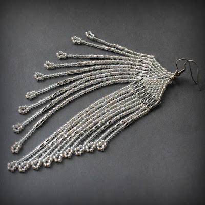 купить оригинальные серьги из бисера длинные висячие сережки