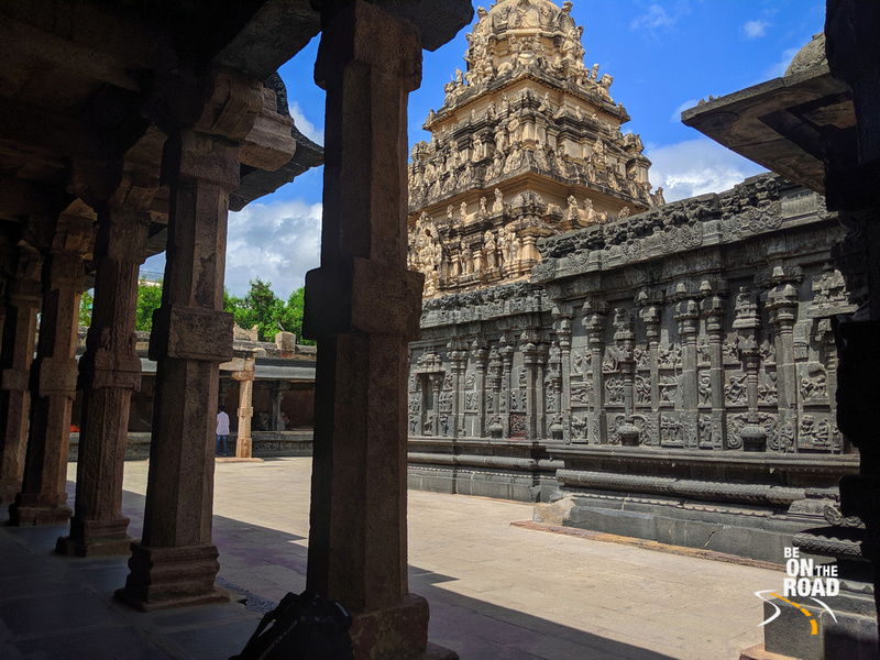 Epics and Hindu mythological stories on Tadipatri temple