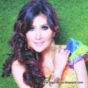 Yulia Citra penyanyi dangdut