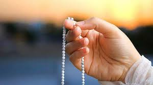 Renungkanlah! Nabi Yang Sudah Ma'shum Saja Beristighfar Minimal 70 Kali Sehari