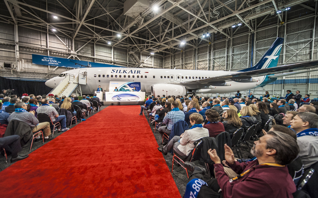 Ceremony of Silk Air Boeing 737-800 First Livery