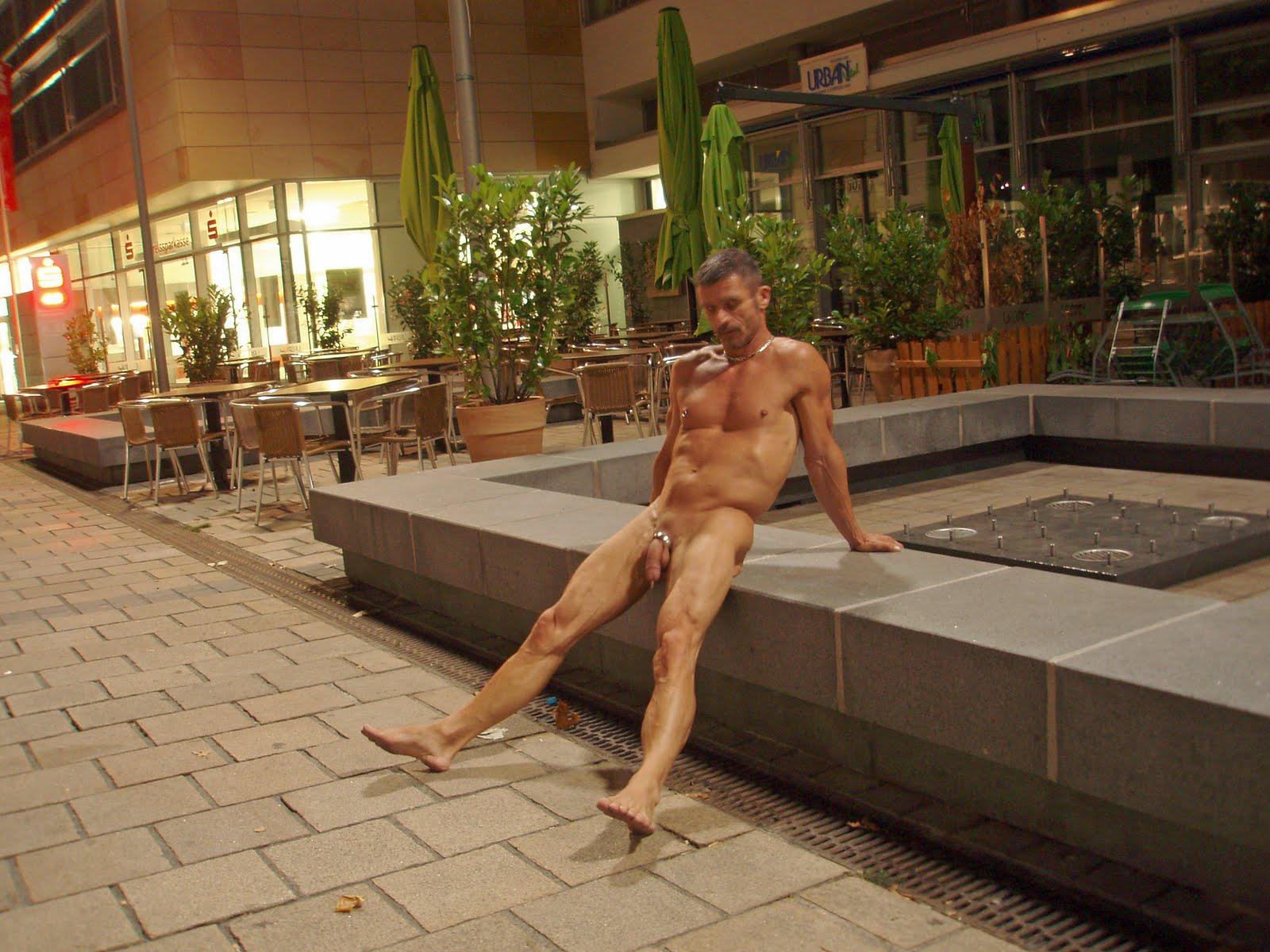 Gay Exhibitionist