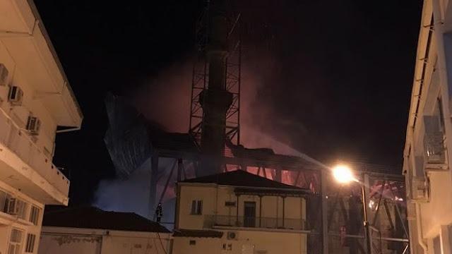 Πυρκαγιά στο ιστορικό τέμενος Βαγιαζήτ στο Διδυμότειχο