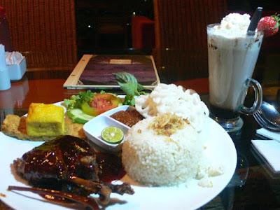 Kuliner Indonesia - Lisung Cafe
