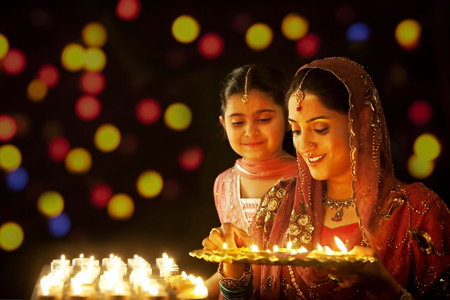 the Festival of Lights is celebrated grandly everywhere inward Republic of Republic of India fifteen unique ways inward which Diwali is celebrated across India