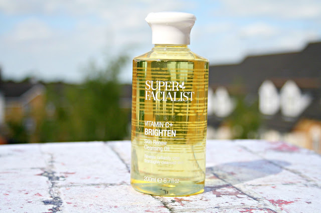 Una Brennan Super Facialist Vitamin C+ Skin Renew Cleansing Oil