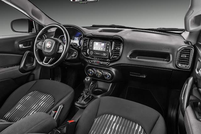 Fiat Toro 2017 2.4 Flex Automática - interior