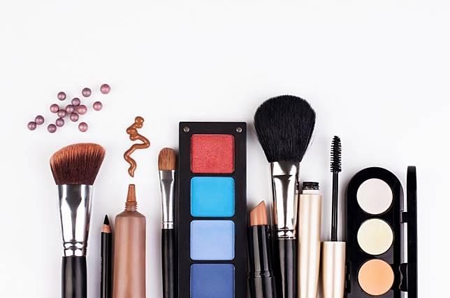 Ini 5 Hal yang Bisa Kamu Lakukan Untuk Memaksimalkan Penggunaan Makeup Sebelum Kadaluarsa