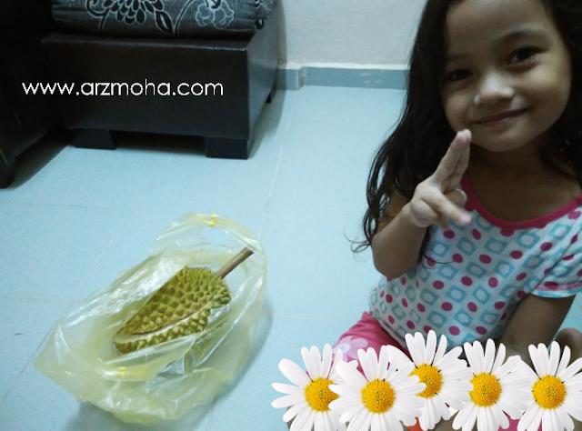 jenis-jenis durian, cara makan durian, menu durian, perkara yang perlu dielakkan selepas makan durian, kanak-kanak dan durian, durian dan kana-kanak,