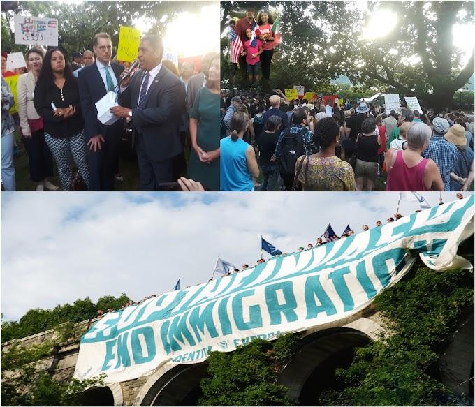Espaillat encabeza masiva protesta-vigilia contra primera presencia del KKK en el Alto Manhattan
