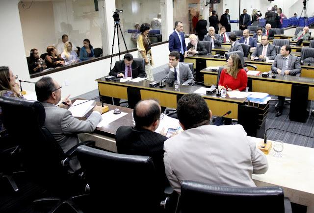 Resultado de imagem para Câmara aprova Projeto de Lei que facilita acesso de advogados a processos nos órgãos públicos