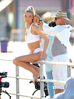 Martha-Hunt-on-the-Set-of-VSP-12+%7E+SexyCelebs.in+Bikini+Exclusive+Galleries.jpg