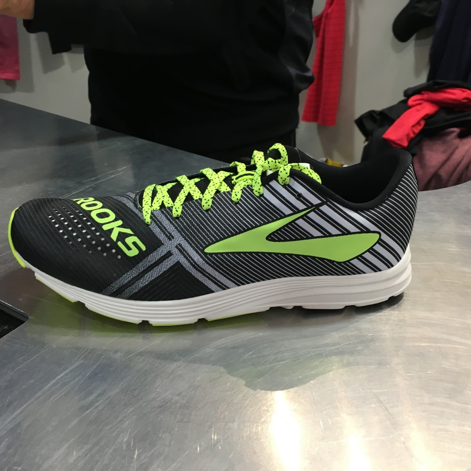 f5344759159 Road Trail Run  Outdoor Retailer W15  Brooks Previews- Hyperion ...