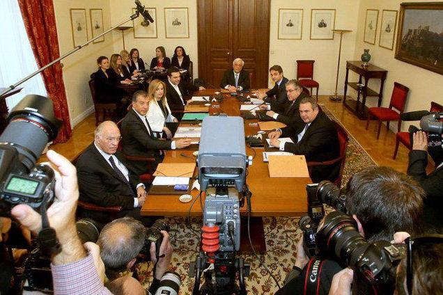 Τι προσφέρει το συμβούλιο των πολιτικών αρχηγών;