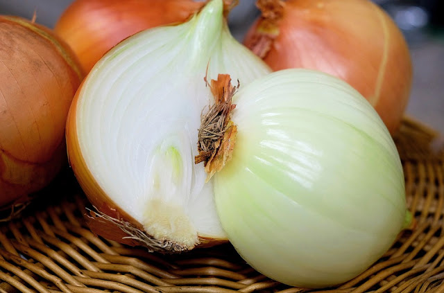 Benefits Of Onions, Health Benefits Of Onions, Onion Benefits, Onion Health Benefits, Onion Nutrition, Onions, Onions Health Benefits, Onions Nutrition, Onion For Hair Growth