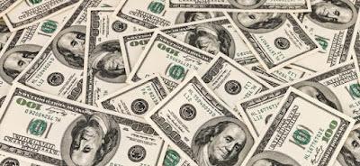 البنك التجاري الدولي يخفض سعر الدولار