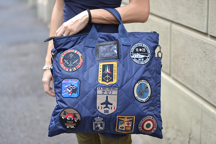 borsa con patches