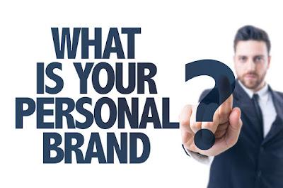 4 Tips Strategi Membangun Personal Branding & Trust di Media Sosial lisubisnis.com bisnis muslim