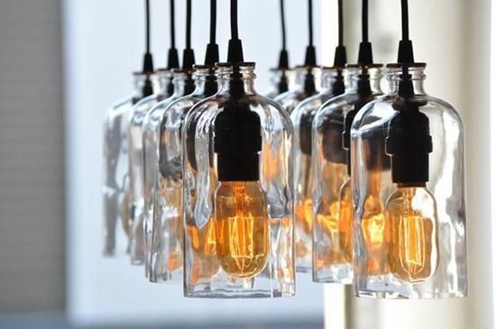 Desain arsitektur dari botol bekas