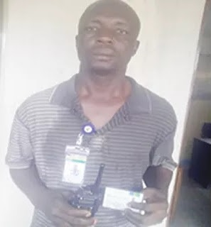 Photo: Dismissed Policeman Caught Stealing Offering At Catholic Church In Lekki Lagos