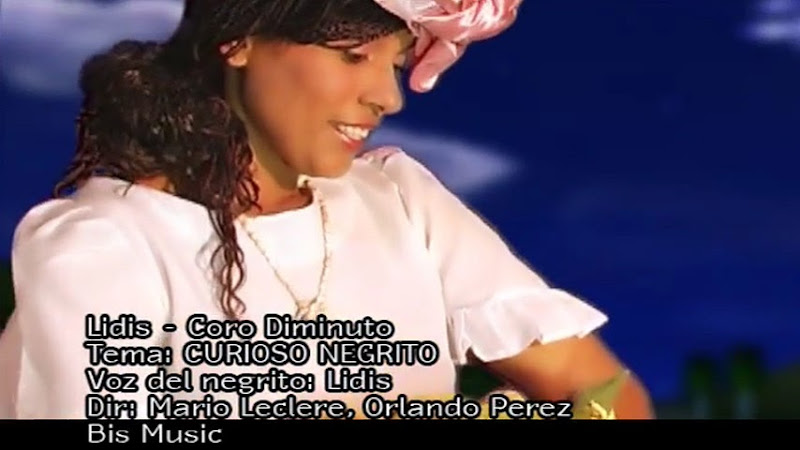 Lidis Lamorú - ¨Curioso negrito¨ - Videoclip - Dirección: Mario Leclere - Orlando Pérez. Portal Del Vídeo Clip Cubano - 09