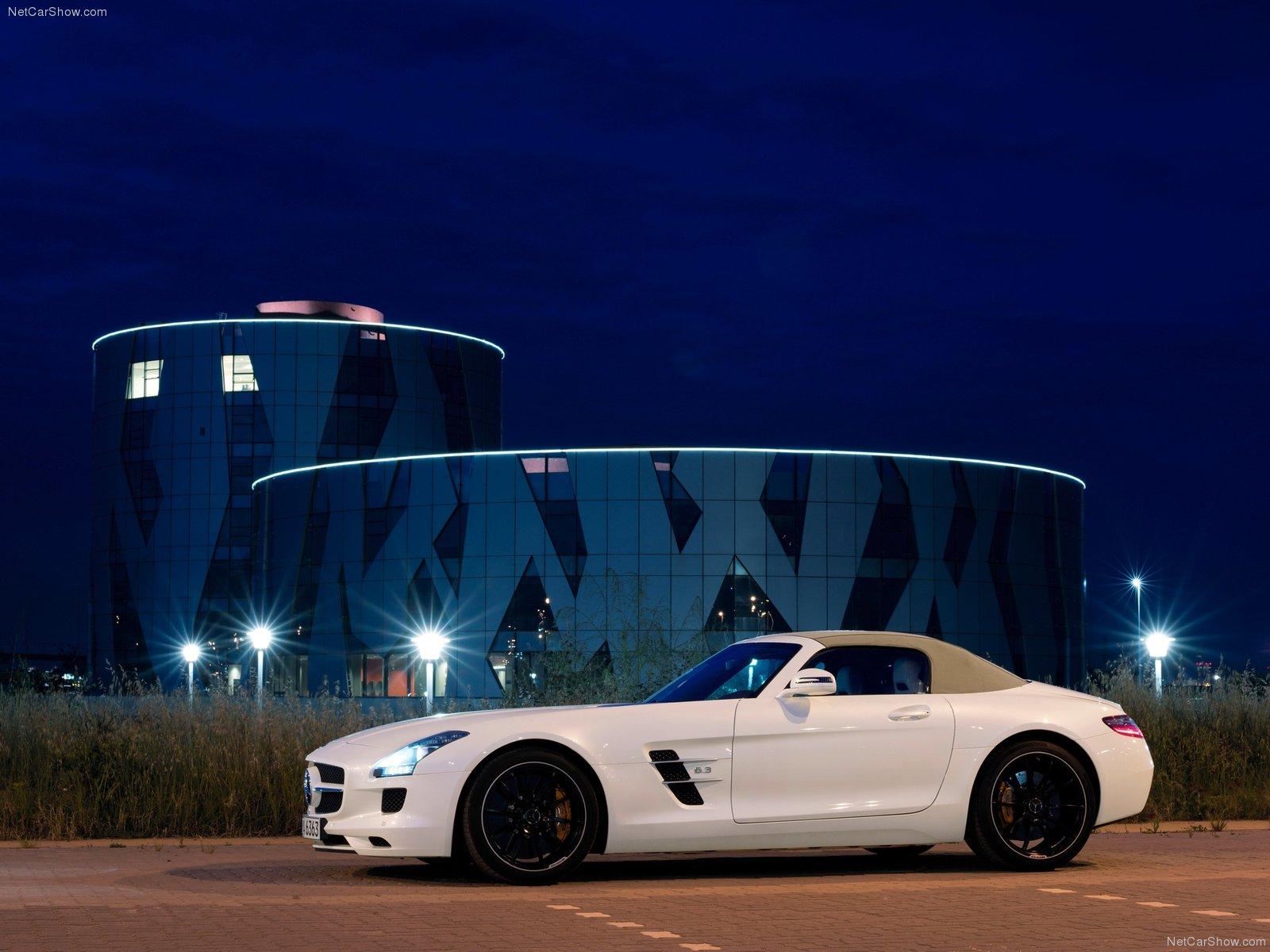 https://2.bp.blogspot.com/-YGSpsSryDBc/TeIdHKAZVAI/AAAAAAAAA8w/fIDZzTXJQZY/s1600/Mercedes-Benz-SLS_AMG_Roadster_2012_1600x1200_wallpaper_0c.jpg