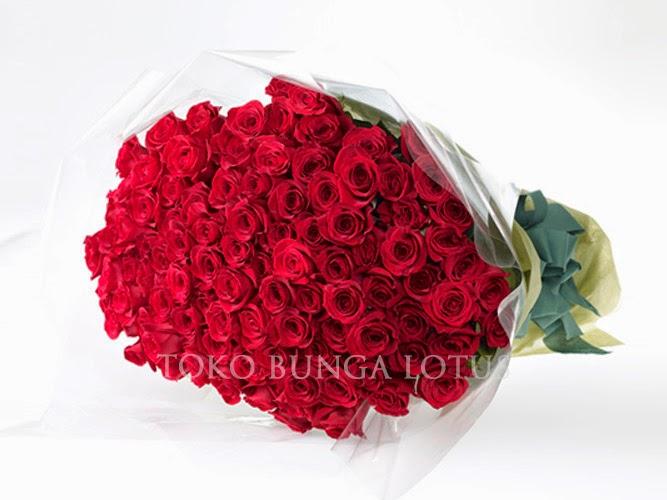 Mawar Merah Di Plaza Senayan