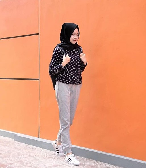 35 Koleksi Fashion Hijab Remaja 2018 Gaya Masa Kini Abg
