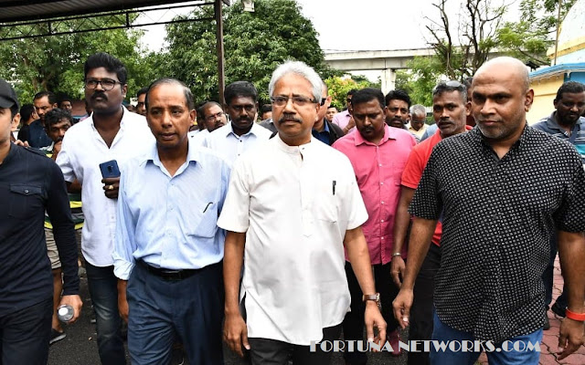 """<img src=""""#Hindraf & Minister of DAP Kulasegaran.jpg"""" alt=""""Minister of DAP Kulasegaran Changes HRDF Agency Now Becomes Cage of Hindraf Members and 'Dispose of Malay Staff' """">"""