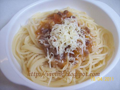 Spaghetti bolognese ( 8+ )
