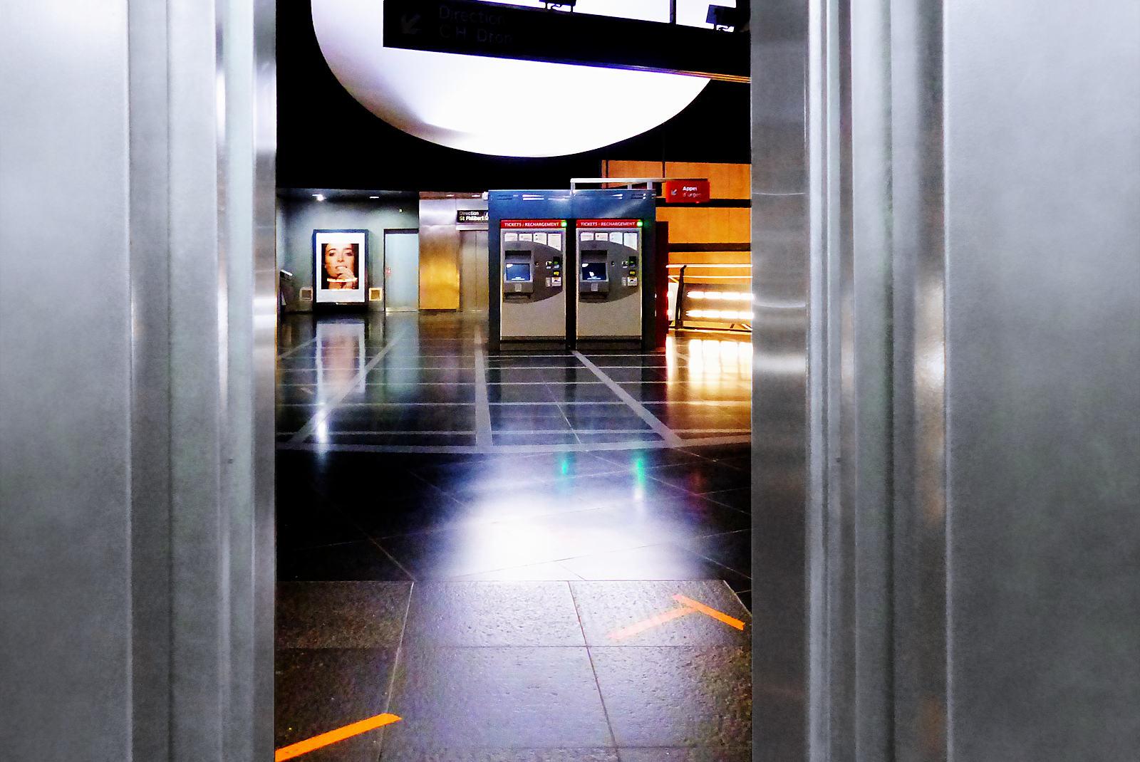 Métro Mercure, Tourcoing - Ascenseur