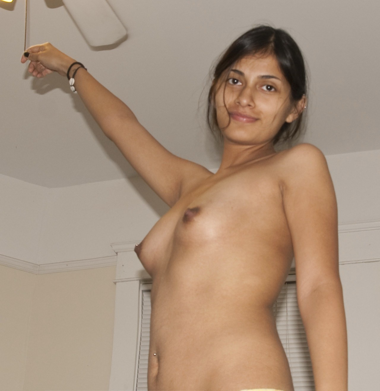naked-indian-pakistani-girls-pics