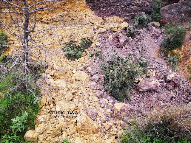 Ναύπλιο: Μικρή κατολίσθηση στην Καραθώνα
