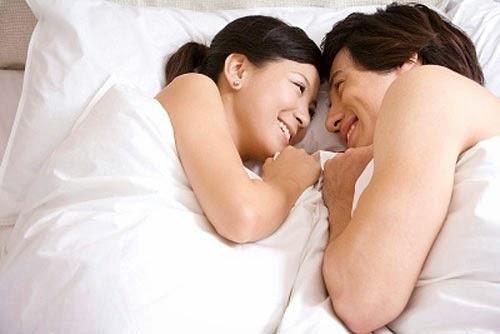 Những lợi ích sức khỏe từ ngực nhỏ mà bạn nên biết