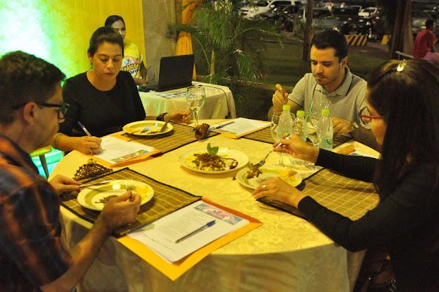 1ª Mostra Gastronômica do Pescado foi destaque na última noite da Páscoa no Parque em Barreiras