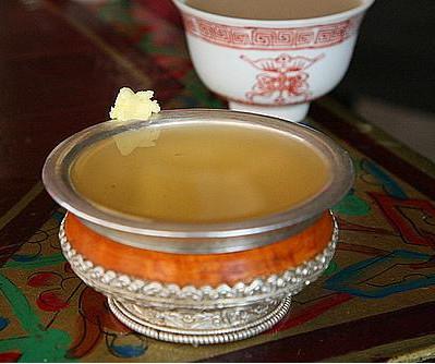 西藏文化-青稞酒