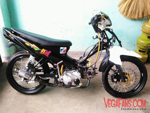 Vega ZR Modif Road Race Hitam Putih