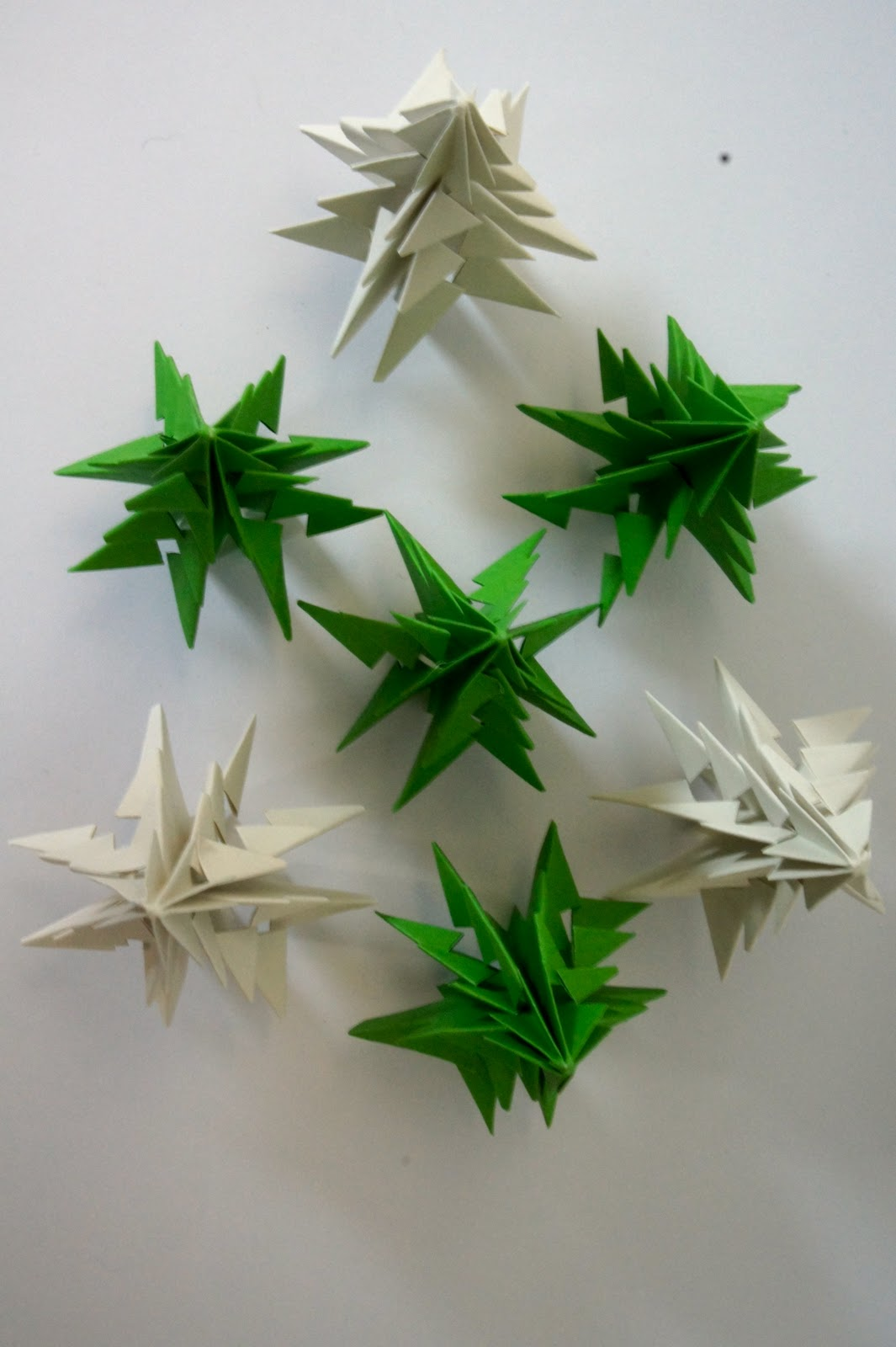 Ideas from the forest: Folding christmas trees