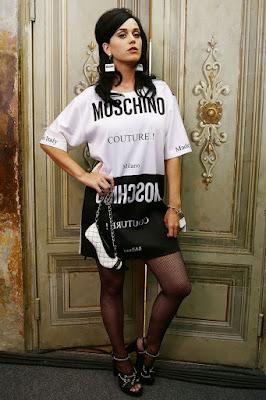 Florencia colección SS16 de Moschino Katy Perry
