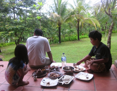 pegipegi, keliling pulau jawa, jogja, goa jomblang, bromo, blitar, malang, garut