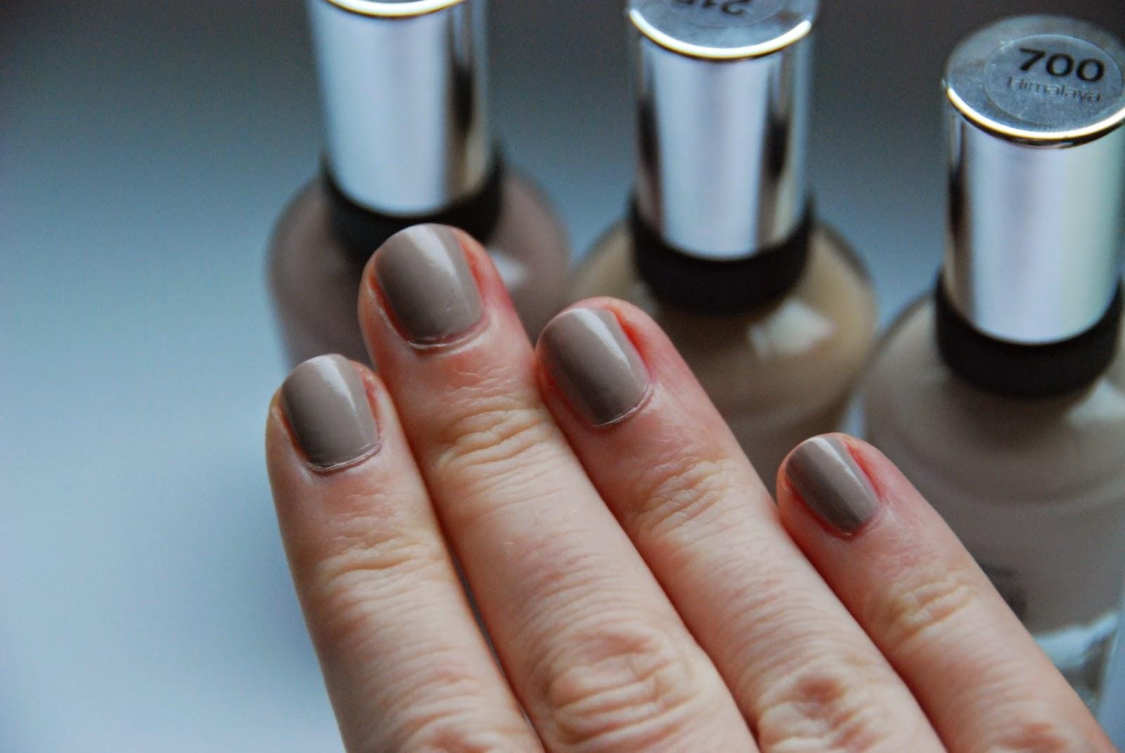 beautyglace review sally hansen nagellack neuheiten. Black Bedroom Furniture Sets. Home Design Ideas