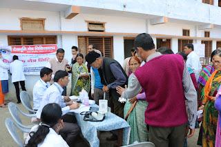 Medical-camp-by-medanta-hospital