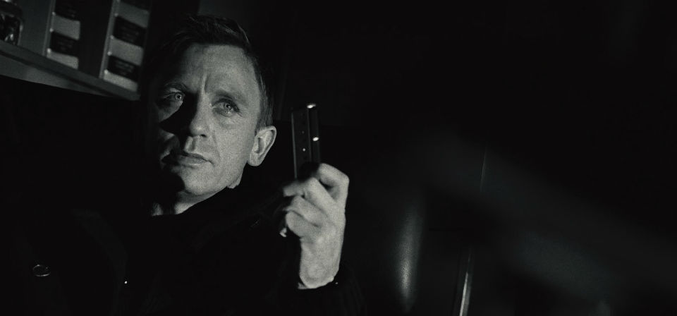 Attrice 007 casino royale