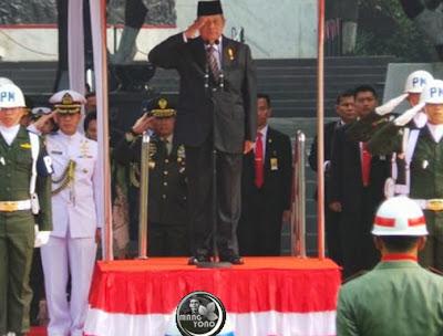 Presiden RI SBY saat memimpin Upacara Hari Kesaktian Pancasila 1 Oktober 2013.