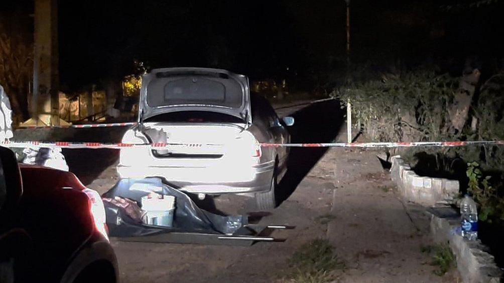 Detienen a un escribano con un cadáver descuartizado a orillas del río en Luján