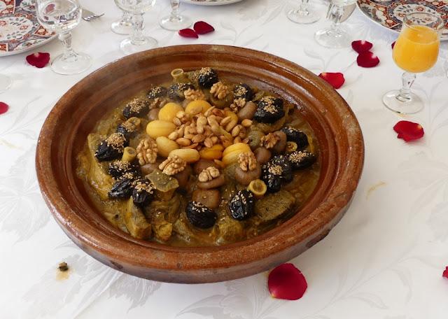 Riad Kniza, Marrakesch - Lamm-Tajine mit Feigen, Pflaumen und Walnuss