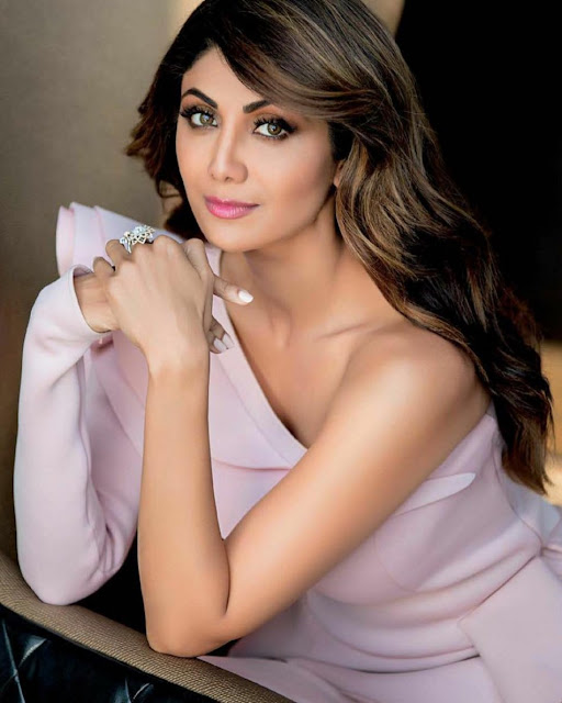 Shilpa Shetty Femina India Magazine PhotoShoot 2017